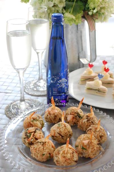 鮭と桜海老の塩昆布ころころ香りおむすび
