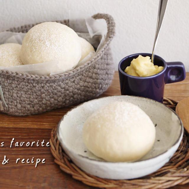 おいしい手作りミルククリームを白パンと一緒に・・