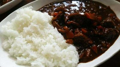 炊飯器で作るやわらか牛筋カレーのレシピ