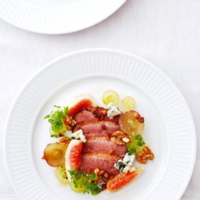 鴨肉のサラダ、秋仕立てMAGRET DE CANARD EN SALADE L'AUTOMNE