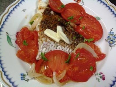 真鯛の温トマト添え