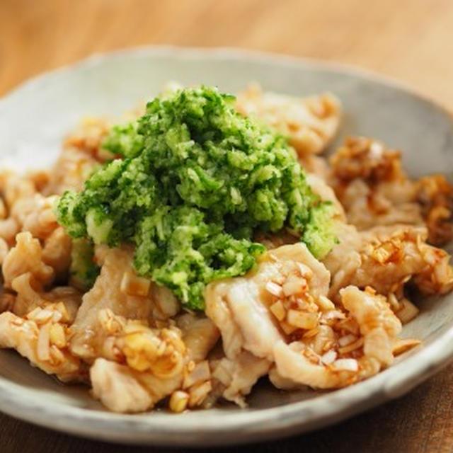 柔らか鶏むね肉のピリ辛おろしきゅうりのせ、ダイエットにおすすめ!