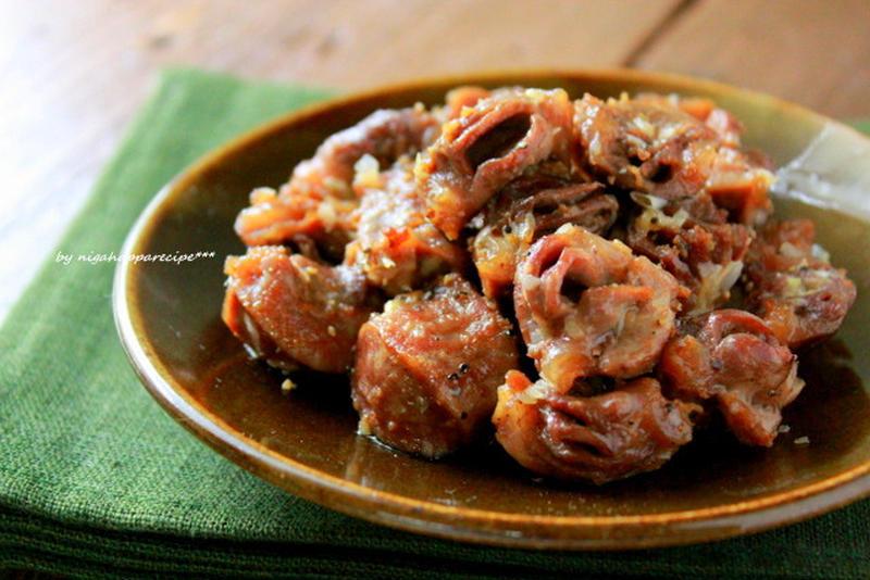 ■砂肝のにんにく炒め<br><br>にんにくをたっぷり使って、砂肝をカリカリにしたおつまみ。砂肝は炒...