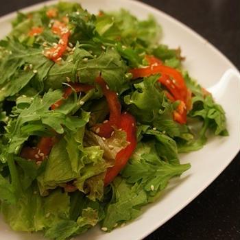 春菊サラダ ~熱したゴマ油がけ~