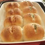 ふんわりもっちり!ご飯と薄力粉でちぎりパン2種類~♪