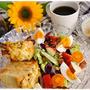 ワンプレート朝ごはん~パワーサラダとオニオンブレッド~