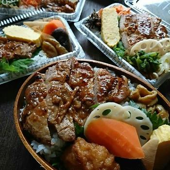 柔道試合当日弁当5人分♪豚ロース肉の生姜焼きとかのお弁当〜わっぱ〜百均