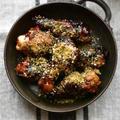 お鍋に10分放置♡冷めても美味しい手羽元の八丁味噌バター煮