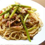 フライパンひとつで簡単!アスパラとしめじのスパゲッティ クミン風味