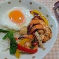 シーフードガパオ丼(ガパオタレー)海老、イカ、ホタテを使って簡単レシピ♪#クッキン... by とまとママさん