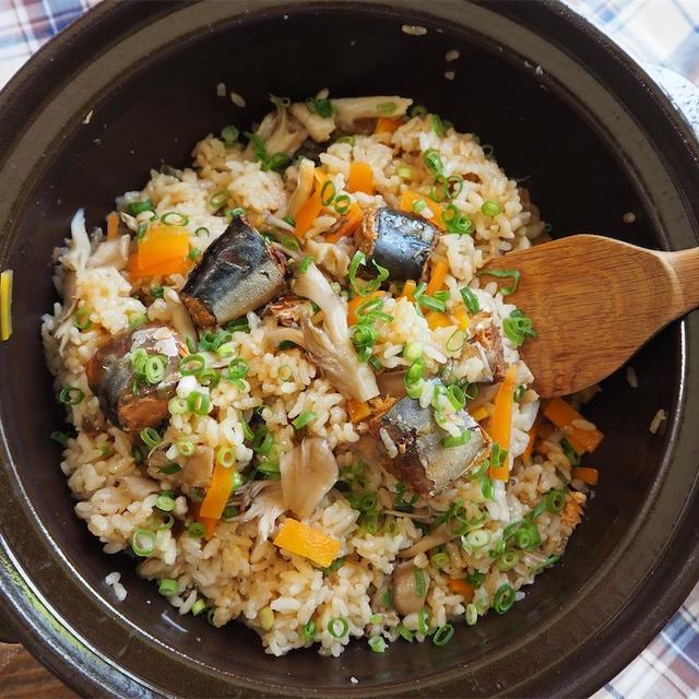 【レシピ】缶詰でかんたん♬鯖缶と舞茸の炊き込みご飯♬