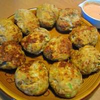 お豆腐入りマグロチキンナゲット♪マグロナゲットチーズバーガー♪ライ麦フランスパン