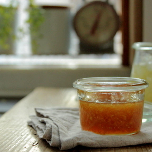 すりおろし生姜のはちみつ漬け。