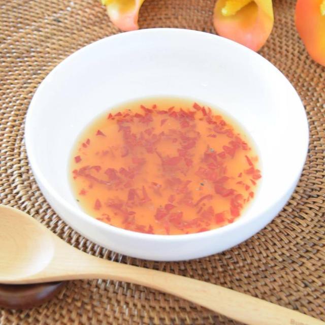 自家製の赤唐辛子で作る『ヌクチャム』ベトナムの万能調味料