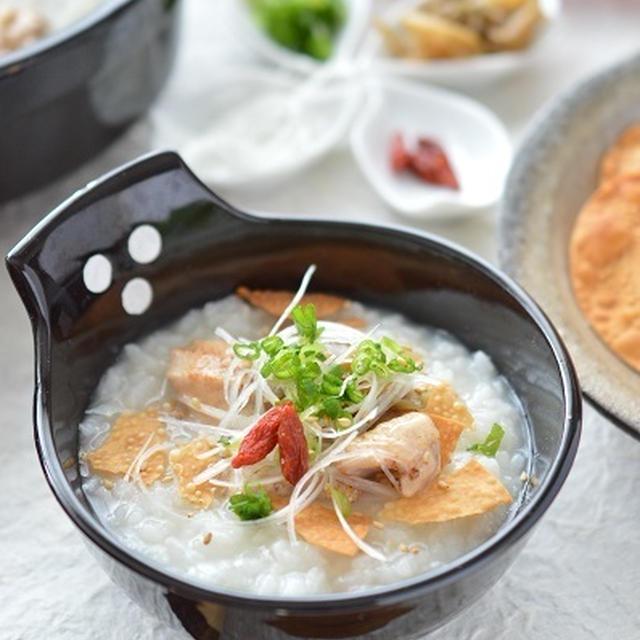 簡単&時短!「焼き鳥缶(塩味)と冷ご飯で*とろとろ中華粥」~消化がよくてやさしいお味♡