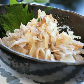 レンコンと梅のさっぱり春色サラダ 【レシピ】
