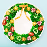 野菜の花飾りでリースサラダを作ろう!クリスマスパーティレシピ☆