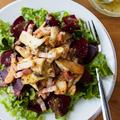 【レシピ】栄養満点!『きのことビーツの粒マスタードドレサラダ』
