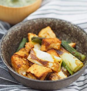 豆腐がご馳走♡とろりんネギと厚揚げのみそしょうゆ♡〈副菜おつまみ糖質オフ〉