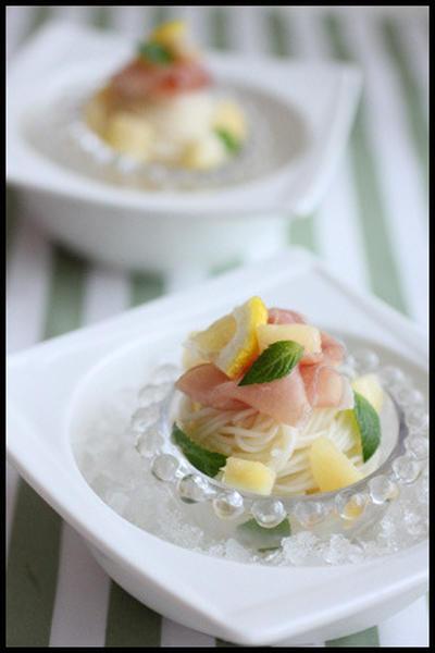 簡単!桃と生ハムの冷製パスタそうめん~普通盛りとパーティー盛り~