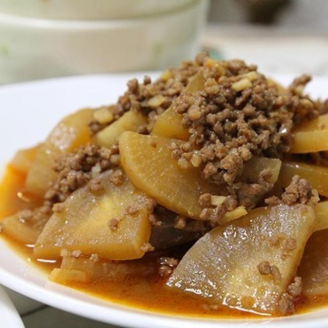 大根とそぼろの韓国風煮 と 海老入り中華炒め