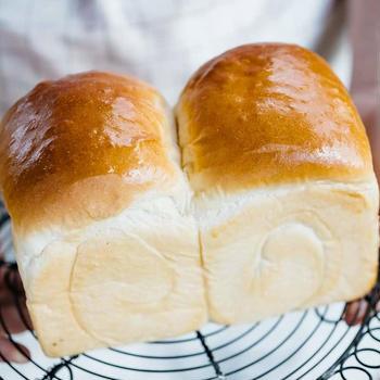 Shokupan – Japanese fluffy white bread loaf