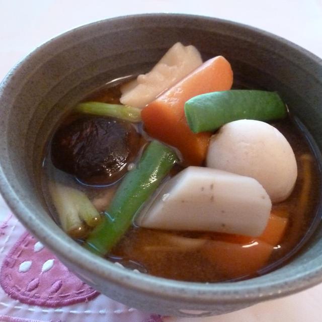 たっぷり根菜のお味噌汁