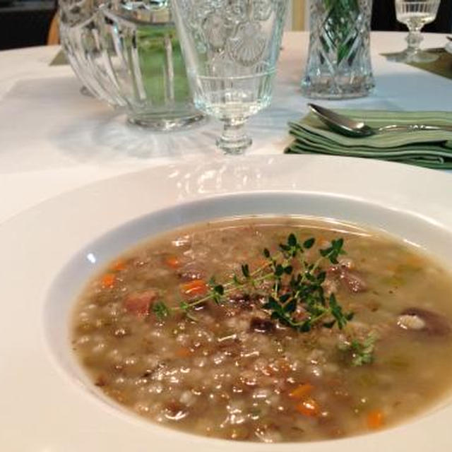 レンズマメと大麦のスープでランチ