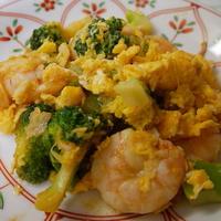 ブロッコリーと海老の炒めもの、トムヤンクン風味