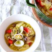 サフラン香るあさりとキャベツのスープ