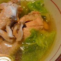 やわらか鶏肉のスープ ゆず胡椒風味