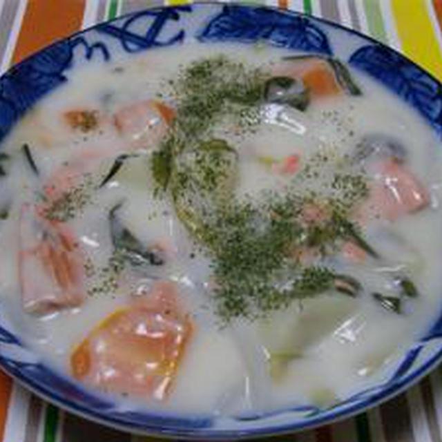 100皿シチュー 57皿目のシチュー 鮭と根菜のミルクシチュー