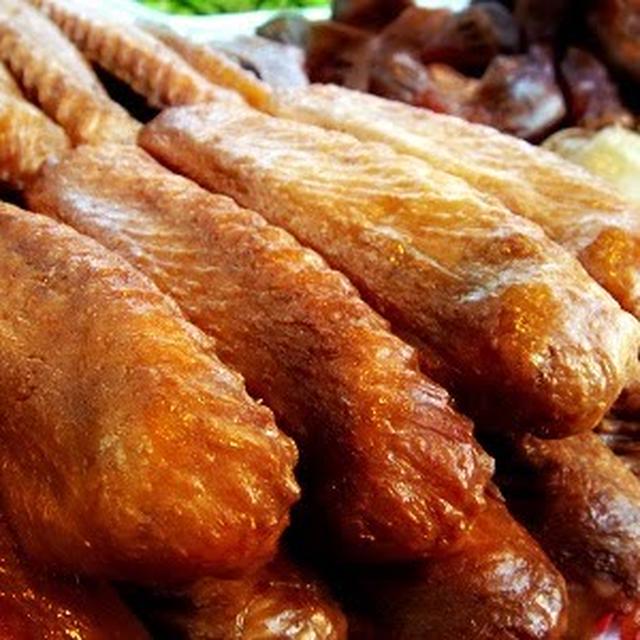 廣式滷鴨翅│広東式カモ手羽先煮込み