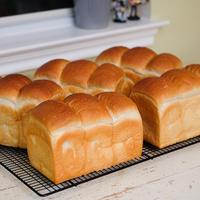 食パン5つかかえて、ダラスに行ってきます♪