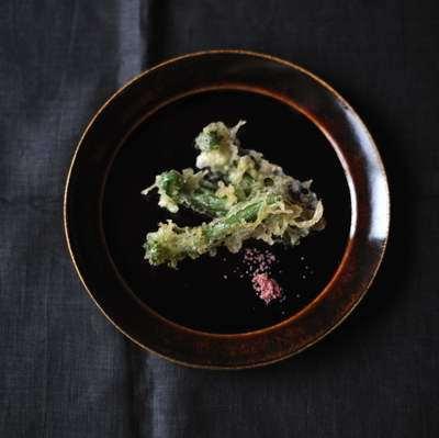 オオタニワタリの天ぷら