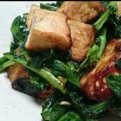 厚揚げとのらぼう菜のピリ辛炒め