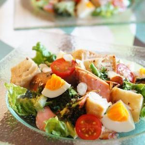 塩焼き以外でも楽しもう!旬の鮭でつくるサラダレシピ