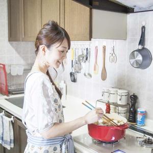【おいしい暮らし】稲垣飛鳥さんに聞く、食卓が華やぐ「大切な5つの色」って?