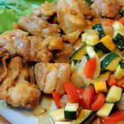 鶏もも肉のレッドカレー☆夏野菜添え