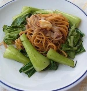 チンゲン菜の中華パスタ
