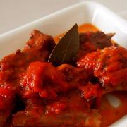 スパイスでお料理上手・・スペアリブのトマト煮込み&たくやくん♪