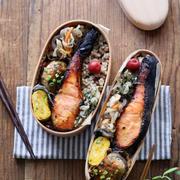 玄米ごはんと鮭の西京焼き和弁当。