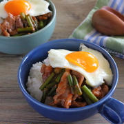 フライパン同時調理で簡単楽チン【ニンニクの芽の酢豚風ワンプレート】