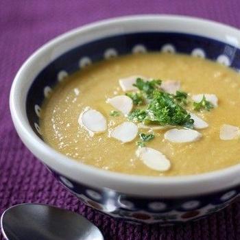 キャロット&アーモンド、シナモンのスープ
