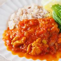 トマトの酸味とスパイスで爽快カレー♪
