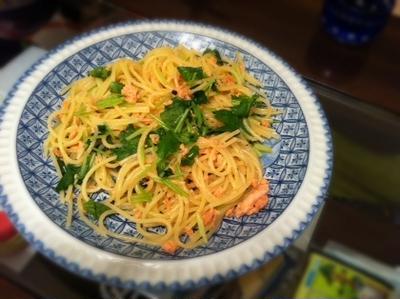 フライパン1つで!鮭と三つ葉のスパゲッティー