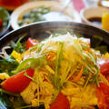 【おもてなし朝ご飯で メイン2品から】豚と野菜の蒸し鍋/タンドリーチキンピザです♪