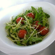 【クセになる味】ピリ辛中華マヨドレッシングの野菜サラダ♪