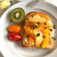 オレンジアップルキャロットオンザトースト
