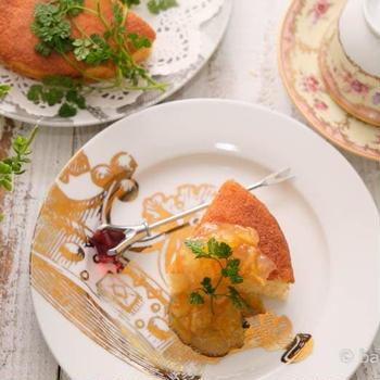簡単ヨーグルトケーキのマーマレード添え|米油でふんわり軽い仕上がり